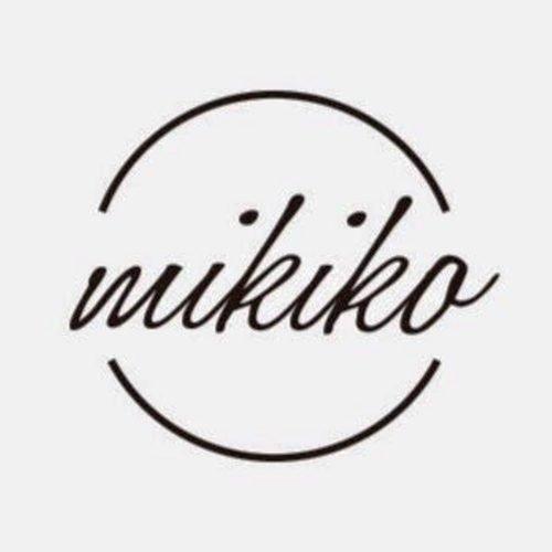 Orecchini con due Perle d'acqua dolce ed Oro Bianco 18Kt, Mikiko. Collezione FRESH WATER. Codice MO1022O4FABI999.